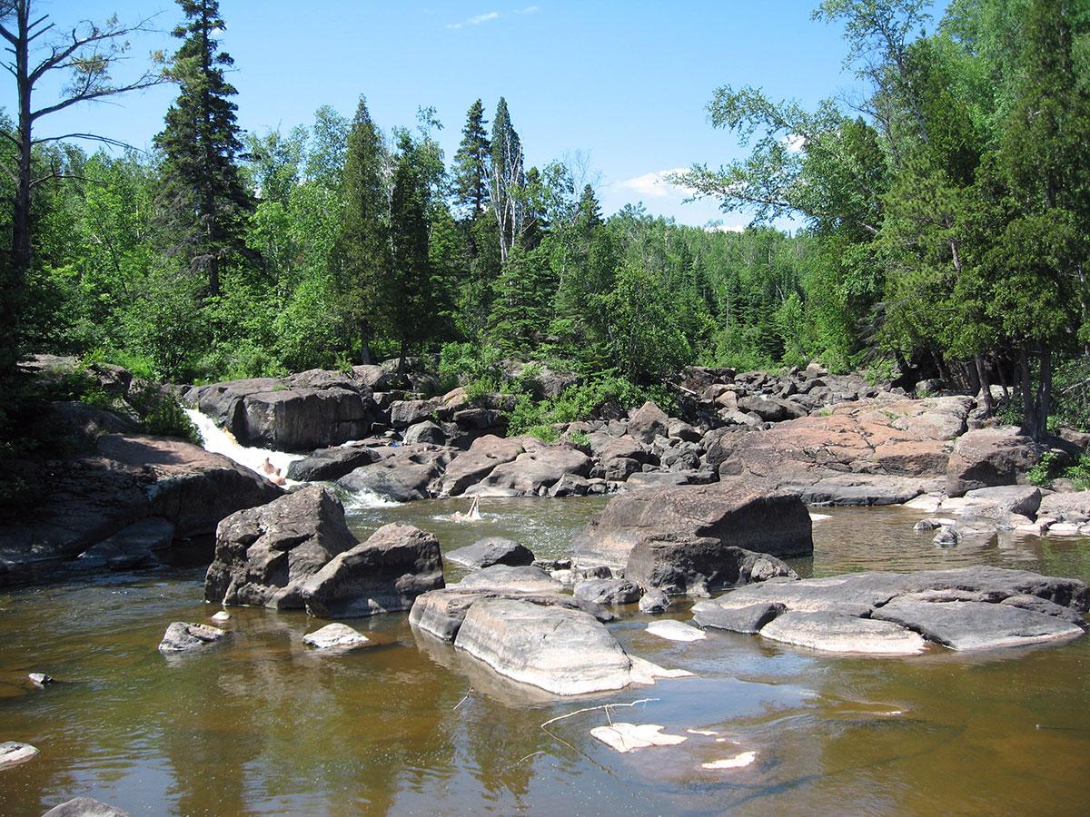 Beaver Bay hiking along river